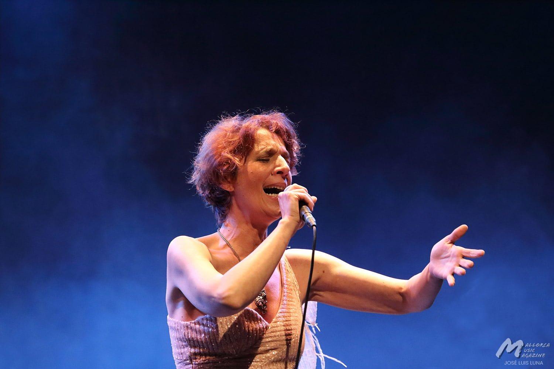 Dulce Pontes - Jazz Voyeur 2020 - Mallorca Music Magazine
